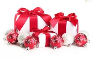 opakowania-prezenty-bombki1